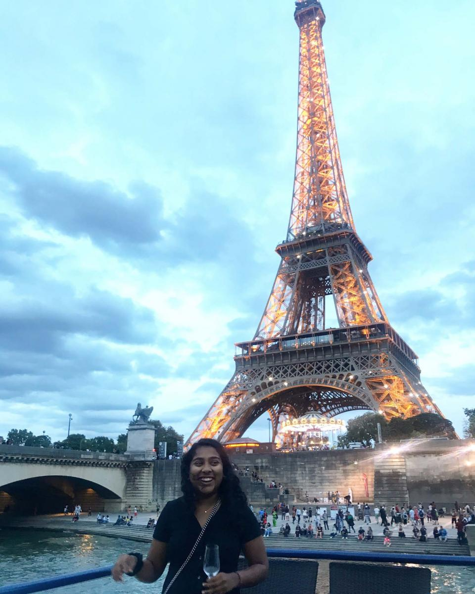 Taryn in front of the Eiffel Tower